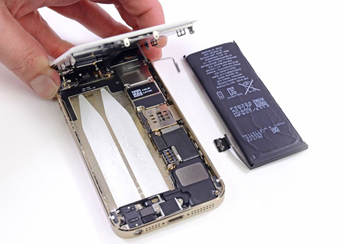iPhone nhanh hết pin