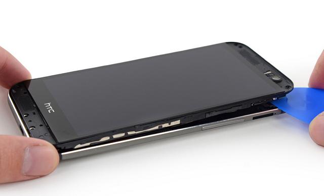 Thay mới màn hình HTC để trải nghiệm hình ảnh ổn định trở lại