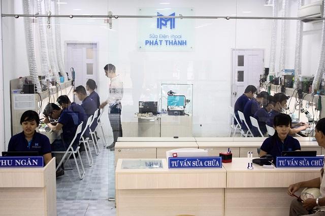 Thay màn hình HTC chính hãng tại Hệ thống sửa điện thoại Phát Thành