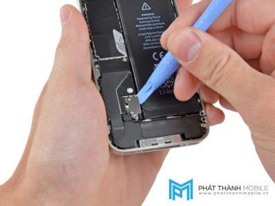 huong-dan-thay-pin-iphone-1