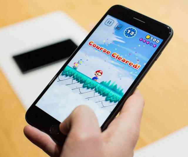 Chạy nhiều ứng dụng, game cũng là nguyên nhân khiến iPhone hao pin