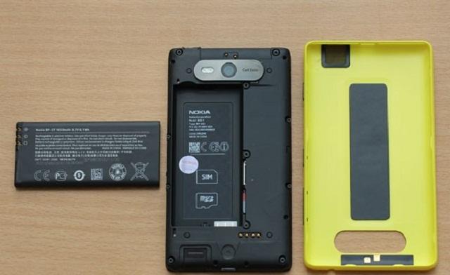 Nên sử dụng bộ cáp sạc chính hãng dành cho điện thoại Nokia