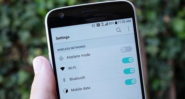 WiFi giúp người dùng điện thoại LG kết nối Internet nhanh chóng và tiết kiệm hơn