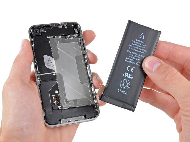 iPhone 4, 4s dùng lâu linh kiện suy giảm tuổi thọ, trong đó có pin và cần thay pin để có thể sử dụng tiếp
