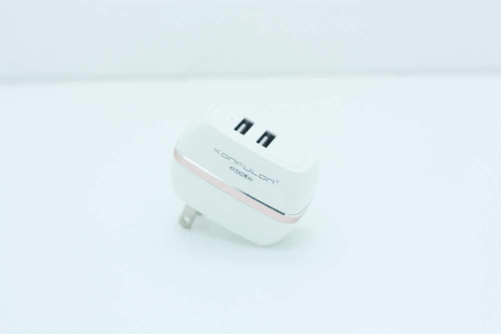 Sạc 2 USB đa năng