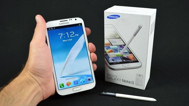 Trải nghiệm Internet trên Galaxy Note 2 sẽ tốn kém hơn nếu máy không thể kết nối WiFi