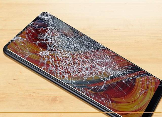 Xiaomi nứt kính cần thay kính
